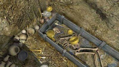 Defineciler İçin Görsel Mezarlar