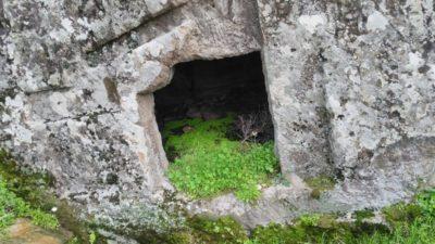 Kilise Mahzenleri, Mağara ve Dehlizler